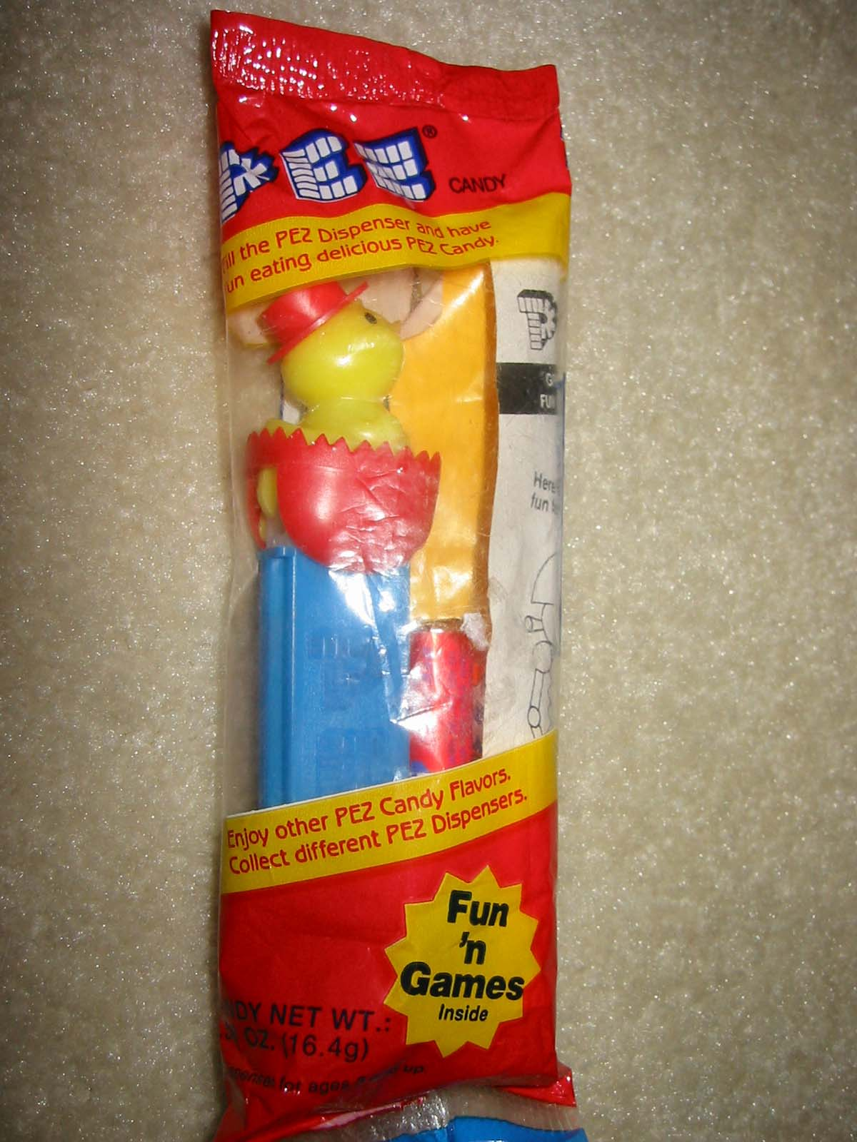 Easter Chick'n'Egg Pez Second Version Red (MIP)
