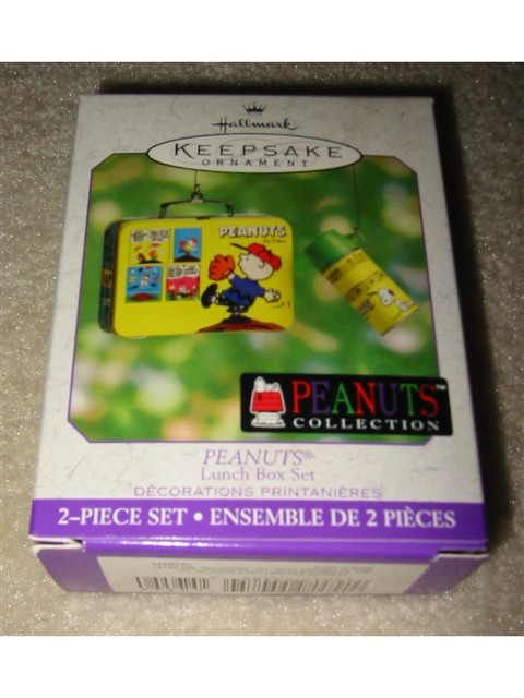 Hallmark Ornament -- Peanuts Lunch Box Set 2000