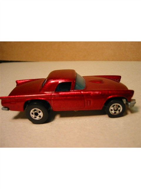 Hot Wheels - Thunderbird Die Cast Model