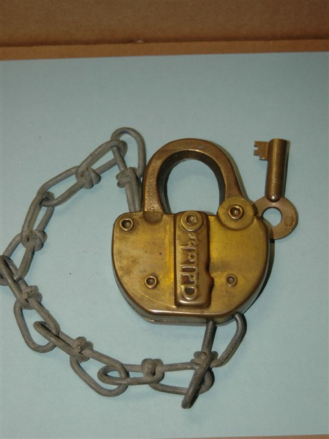 U.S.Y. of O. Railroad Padlock