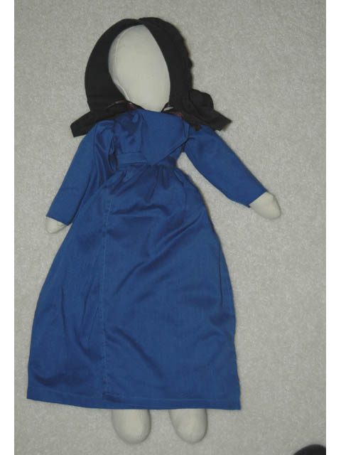 Amish Doll, Large