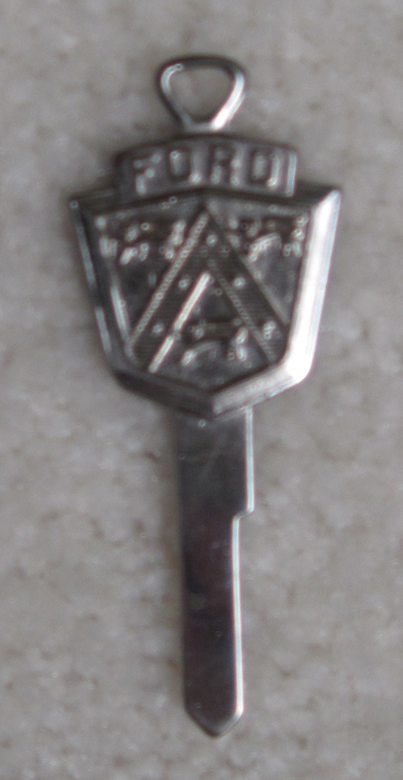 Ford Crest Key - 1951 and 1952